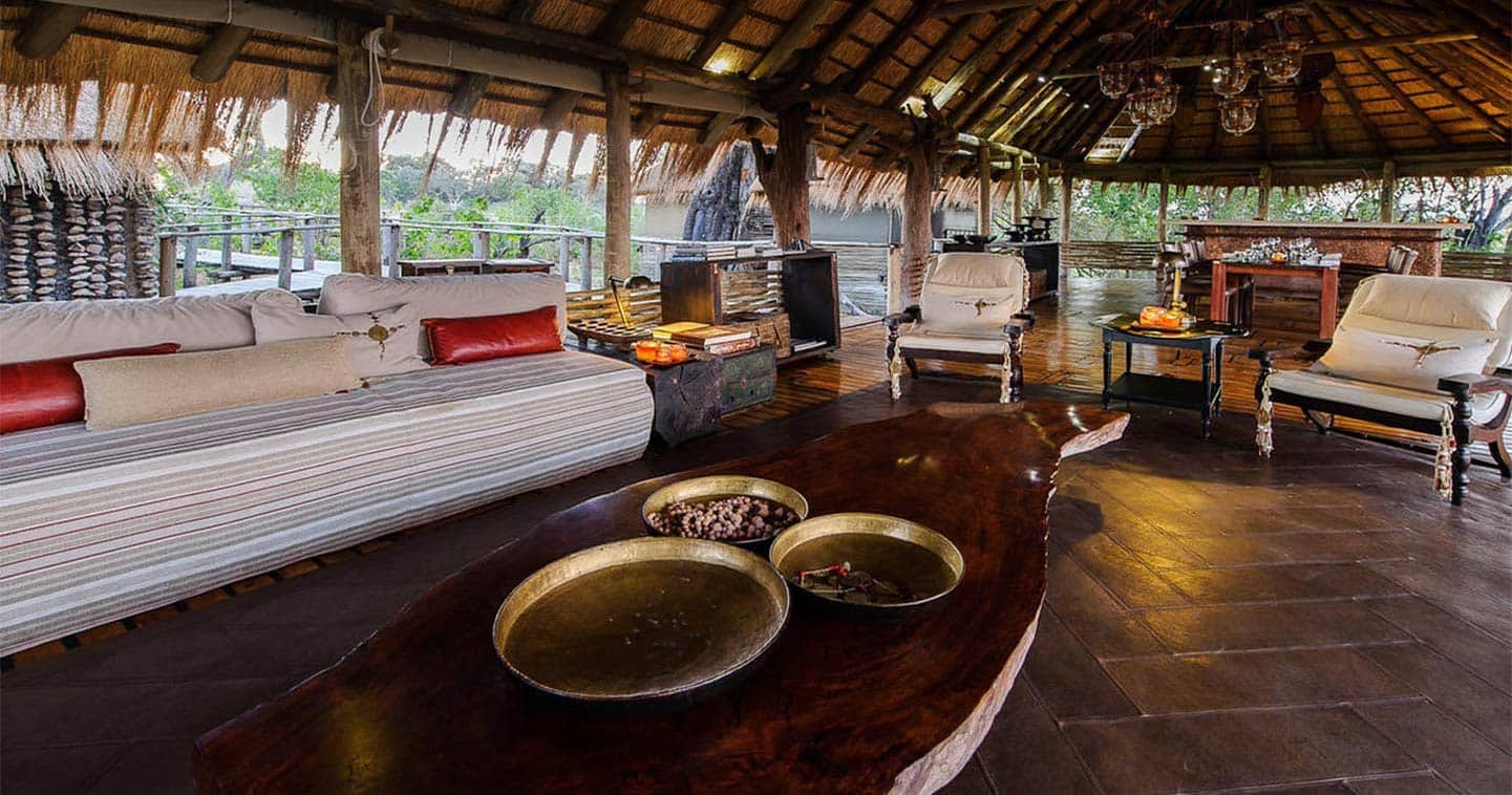 Luxury Lodge Accommodation Lounge at Little Mombo Camp