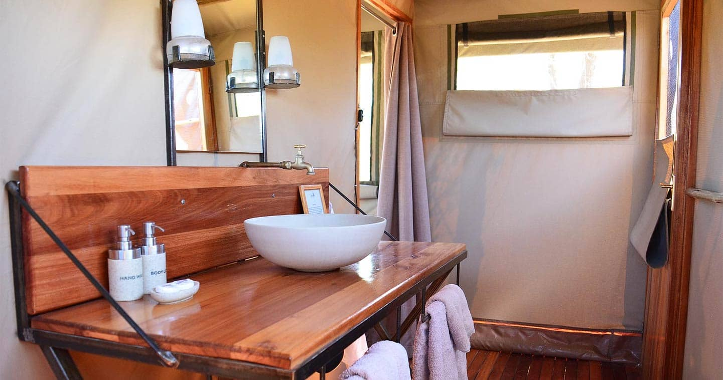 Moremi Sango Safari Camp bathroom