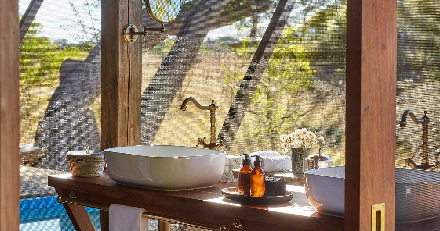 Bathroom at Tuludi Camp in Moremi Game Reserve